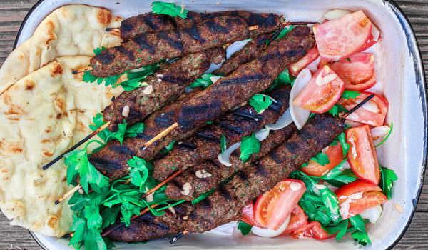 Λιβανέζικα μπιφτέκια ( Κόφτα)