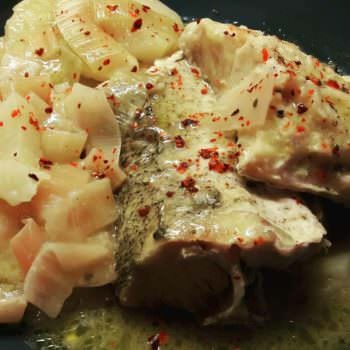 Cod with leeks and lemon sauce