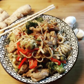 Chicken and Vegetables Ramen Stir-Fry